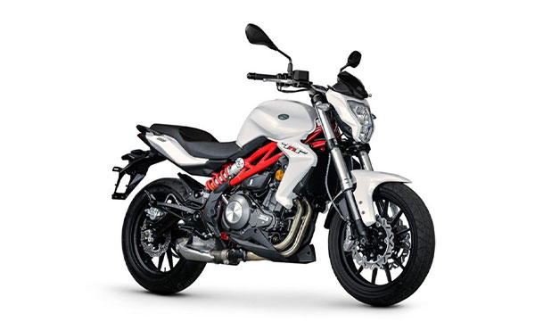 Benelli TNT 300S